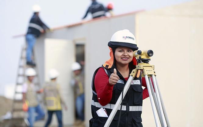Mujeres ocupan primeros puestos en examen de admisión virtual del Sencico
