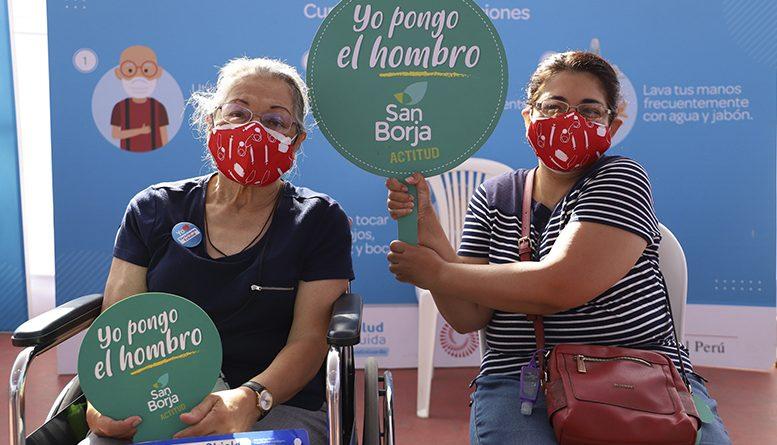 Más de 4,600 adultos mayores con SIS, EsSalud, o seguro particular serán vacunados este fin de semana