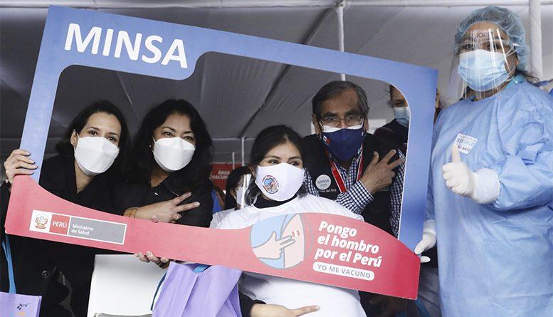 Se inició vacunación de gestantes en Lima y Callao