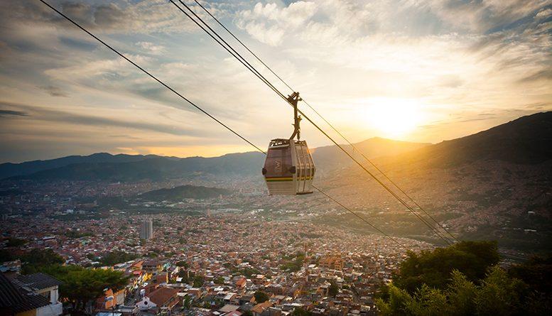 VIVA relaciona el mercado peruano con Medellín en busca de la recuperación de turística